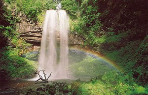 Henrhyd Falls davenewbould.co.uk